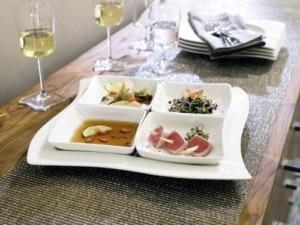 New Wave Geschirr Set Villeroy & Boch NewWave Frühstücksteller Quadrat / Flacher Teller in gewellter Form aus Porzellan in Weiß / 1 x (24 x 24cm) - 3
